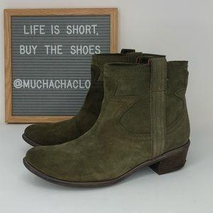 Lucky Brand   Terra Suede Boot